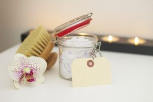 exfoliating-brush-dead-skin